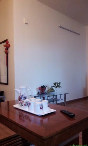 Cho thuê chung cư 39C Hai Bà Trưng, Hoàn Kiếm. 1 ngủ full 10tr.LH:01687847288