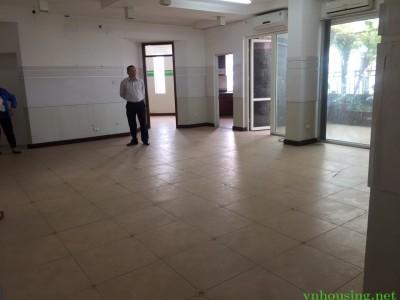 Cho thuê căn hộ chung cư G3AB đường vũ phạm hàm Dt 121m 3 ngủ đồ cơ bản 13tr