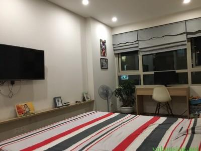 Cho thuê căn hộ 5* Mandarin Garden 2 ngủ, đủ đồ, view công viên