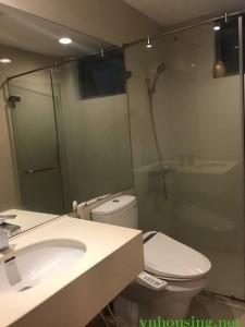 Cần cho thuê gấp căn hộ 24t Hoàng Đạo Thúy, 160m2, 3PN, full đồ cao cấp, 17 tr/th Lh: 0988138345