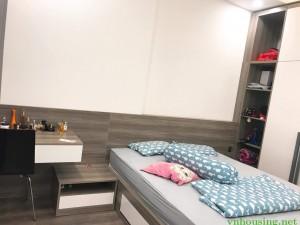 Cho thuê căn hộ chung cư tòa 18T2 khu trung hòa nhân chính 1 ngủ đủ đồ đẹp giá 10tr