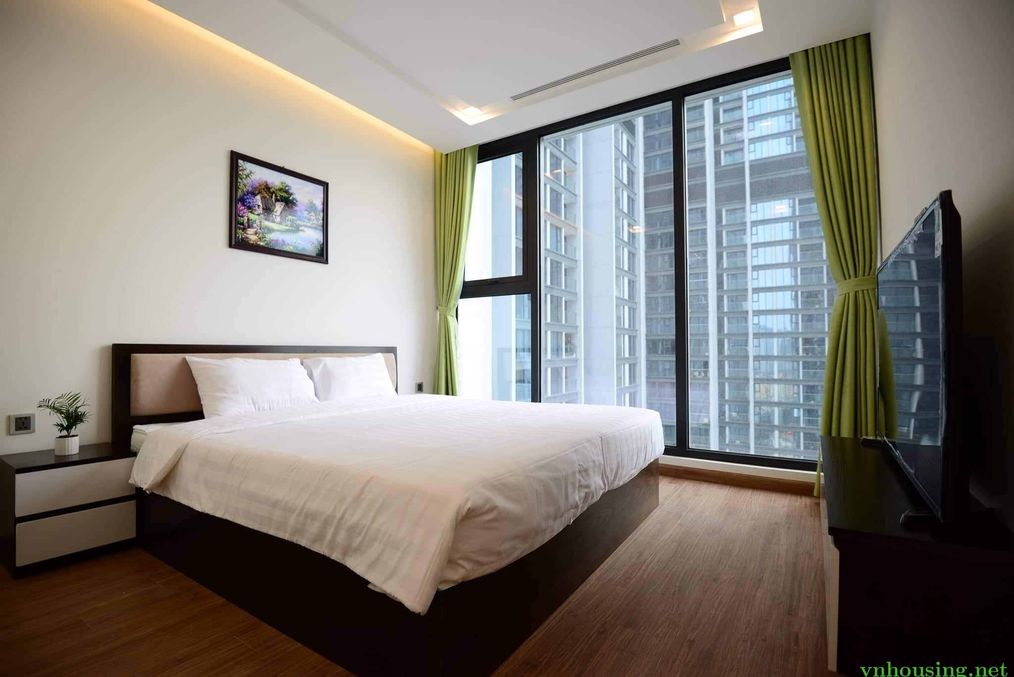cho thuê căn hộ cao cấp Mandarin Garden- Cầu giấy- Hà nội. dt 134m. giá 28 triệu. Dương 0794853333
