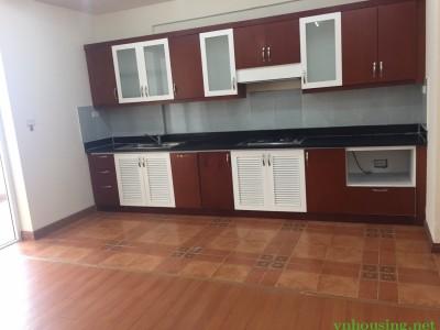 Cho thuê căn hộ 25t1 N05 Trung Hòa Nhân Chính, 152m2, 3PN, đồ cơ bản, nhà mới sửa,giá 15,5tr/th