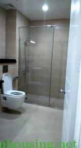 Cho thuê căn hộ chung cư CC Home City 75m2, 2 phòng ngủ ánh sáng đồ cơ bản giá 12tr. LH 01655679812